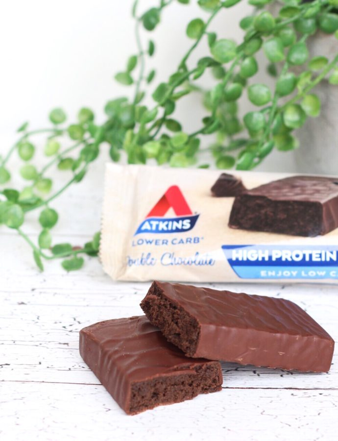Review Atkins Double chocolate + gratis reep